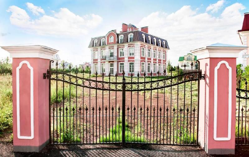 ЖК «Северный Версаль»: вызов электрика